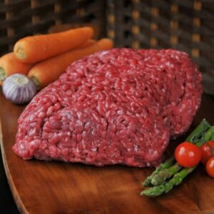 100% pure lean Steak Mince. Ideal for the traditional Scottish favourite Tatties 'N Mince.